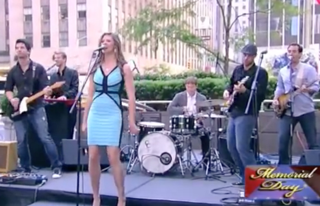 Alex Wright Performing with Ayla Brown on Fox & Friends